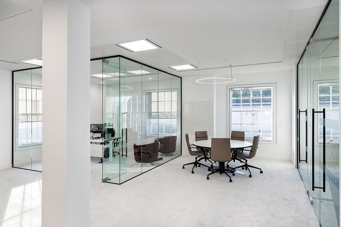 深圳辦公室裝修設計空間的銜接處的設計技巧!
