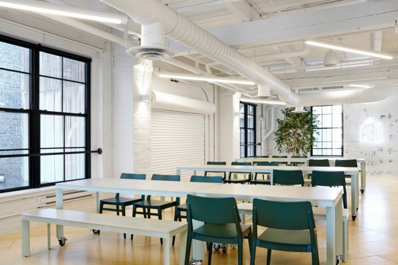 有部分龍華辦公室裝修設計在功能性上考慮較少!