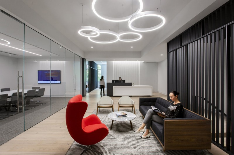 深圳辦公室裝修設計的創意設計理念和員工間的互動!
