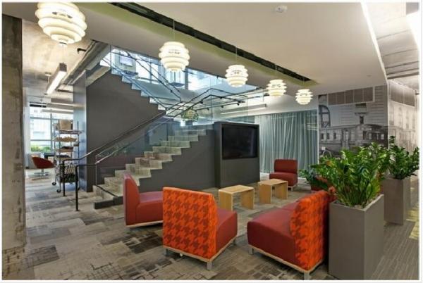 深圳辦公室裝修設計色彩的比例分為兩層底色和填充色!