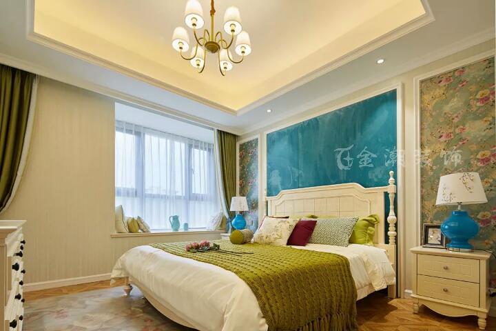 小户型房间的窗帘搭配法