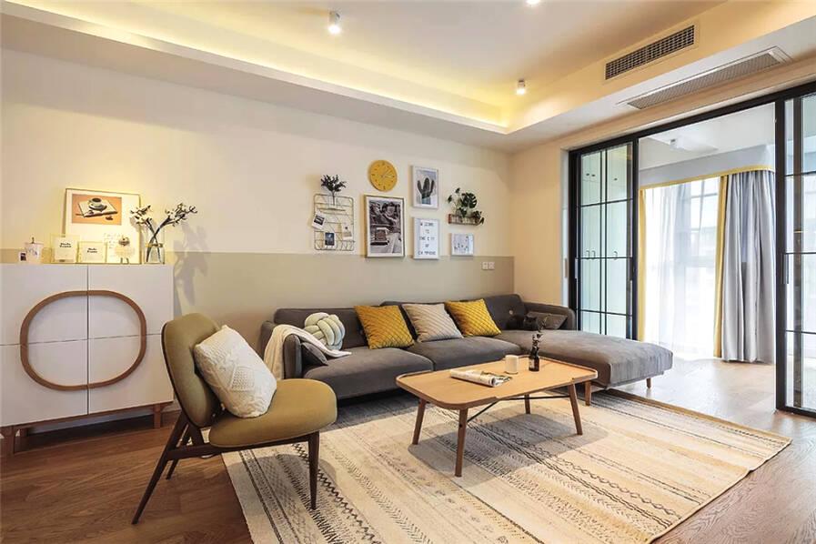 <龙庭华府小区>125㎡简约原木风,温馨舒适的空间感