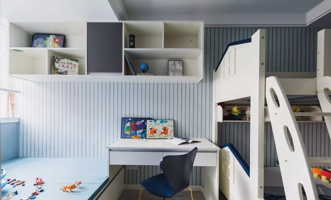 现代简约三居室