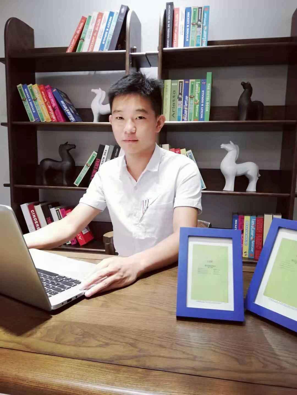 bob综合app手机客户端bob客户端安卓版设计师高自福