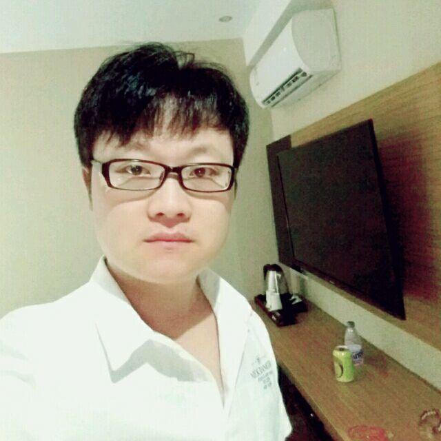 廣州裝修設計師張亞軍